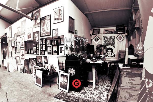 Showroom Paradiseisnotlost Le Garage Saint-Nazaire